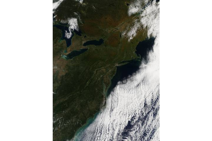 Fall colors in eastern Canada and United States - selected image