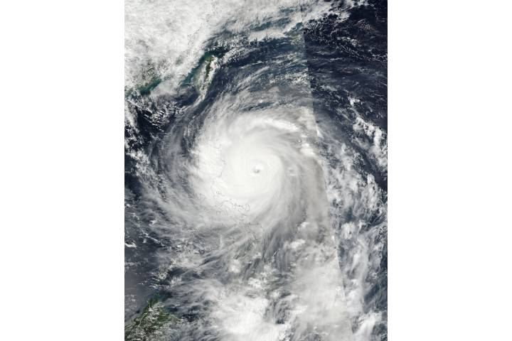 Super Typhoon Haima (25W) over the Philippines - selected image