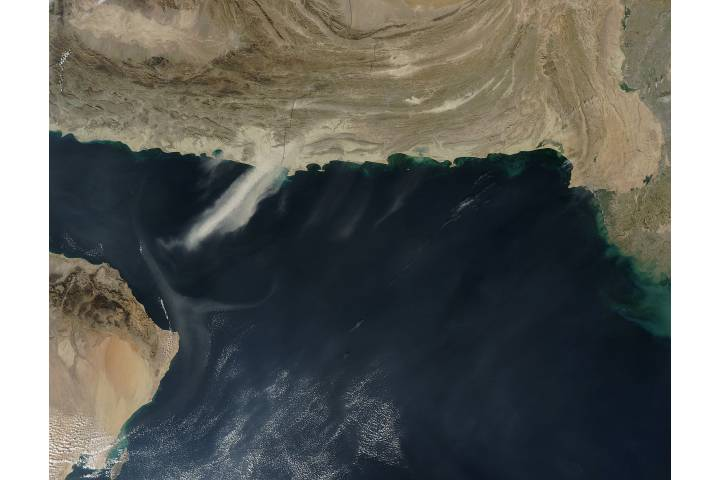 Dust storms over the Arabian Sea - selected image