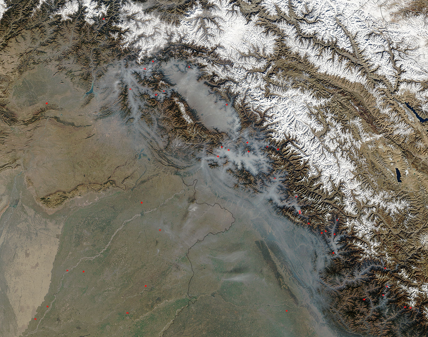 Haze in northern India - related image preview
