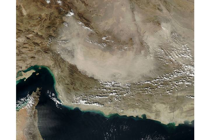 Dust storm in Iran - selected image