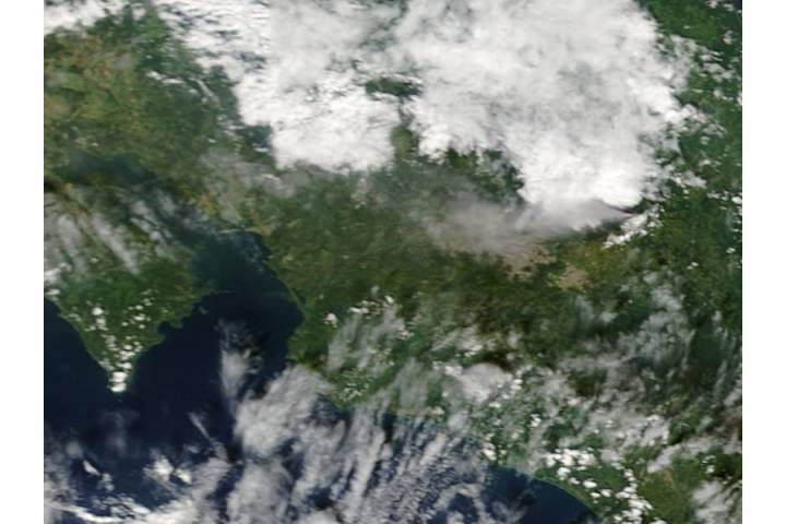 Plume from Turrialba, Costa Rica - selected image