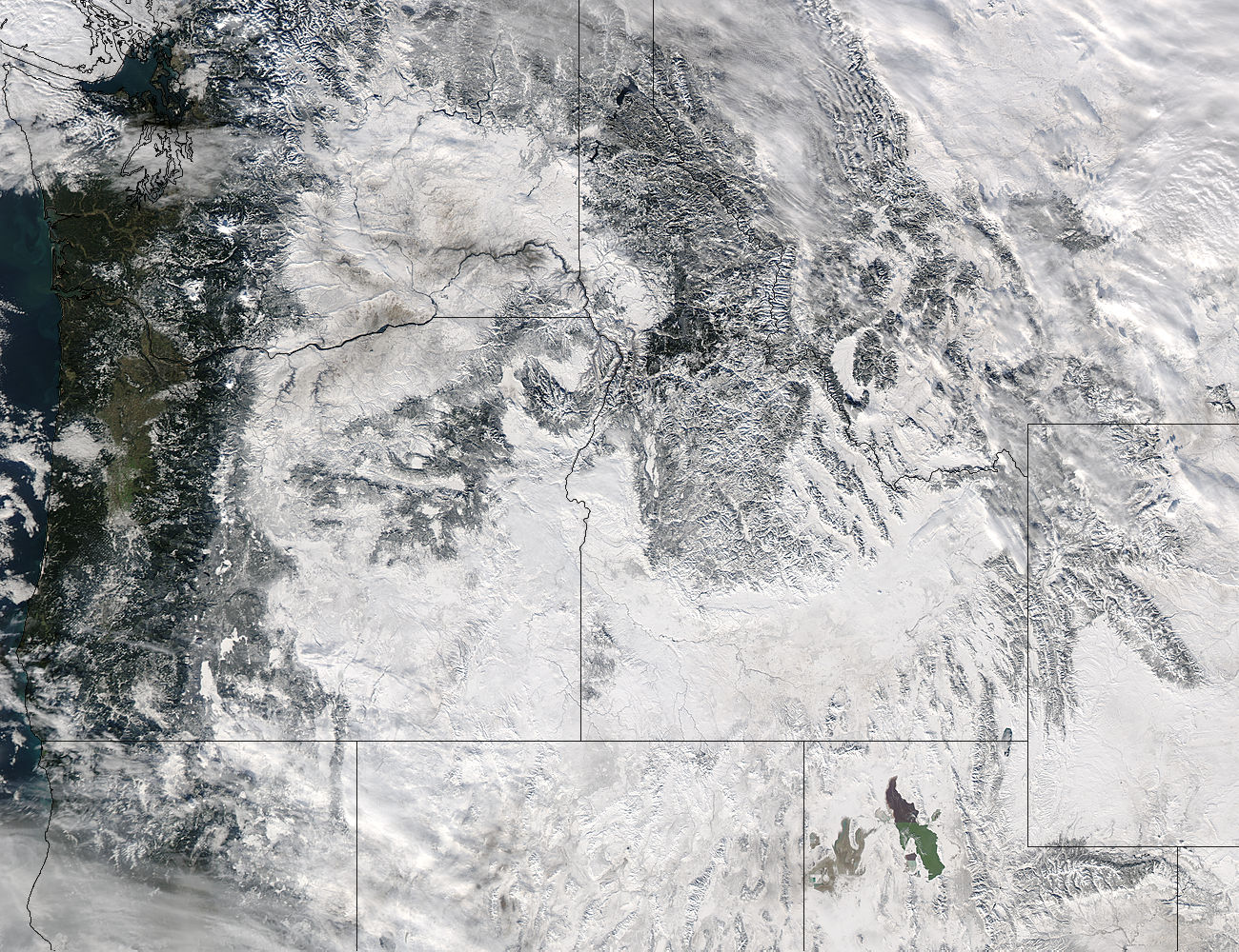 Snow in the Pacific Northwest - related image preview