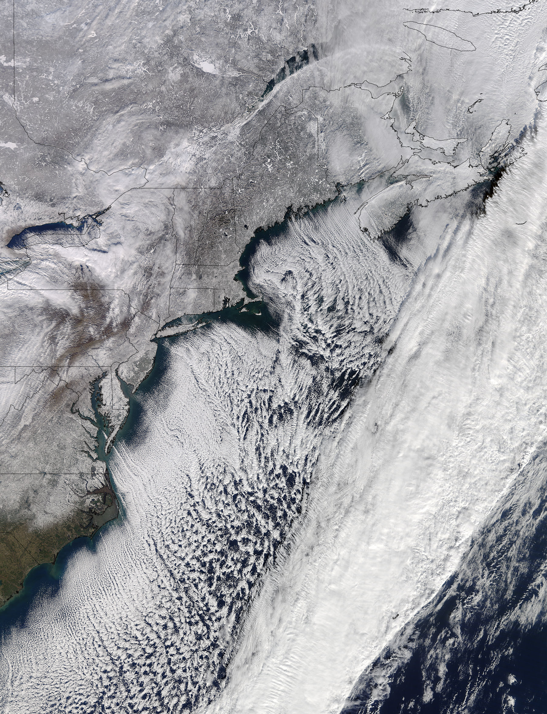 Cloud streets and snow along the eastern seaboard - related image preview