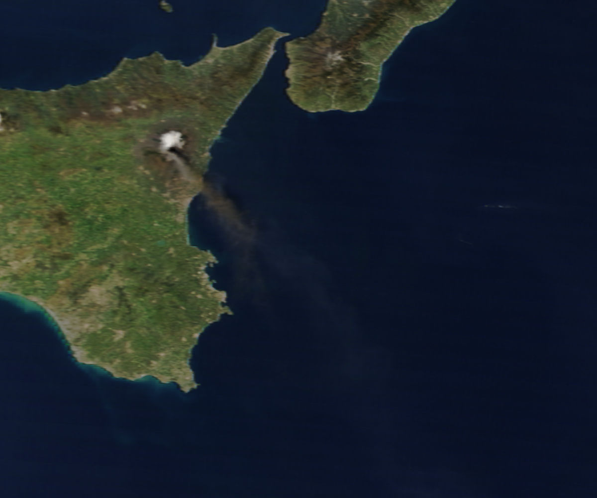 Plume from Mt. Etna in Sicily (morning overpass) - related image preview
