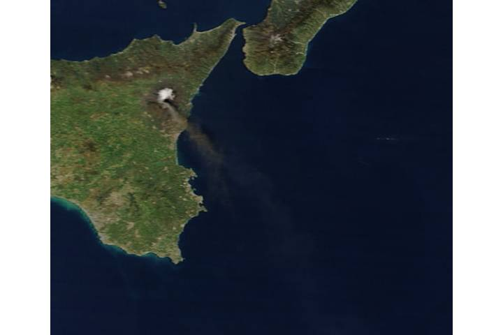 Plume from Mt. Etna in Sicily (morning overpass) - selected image