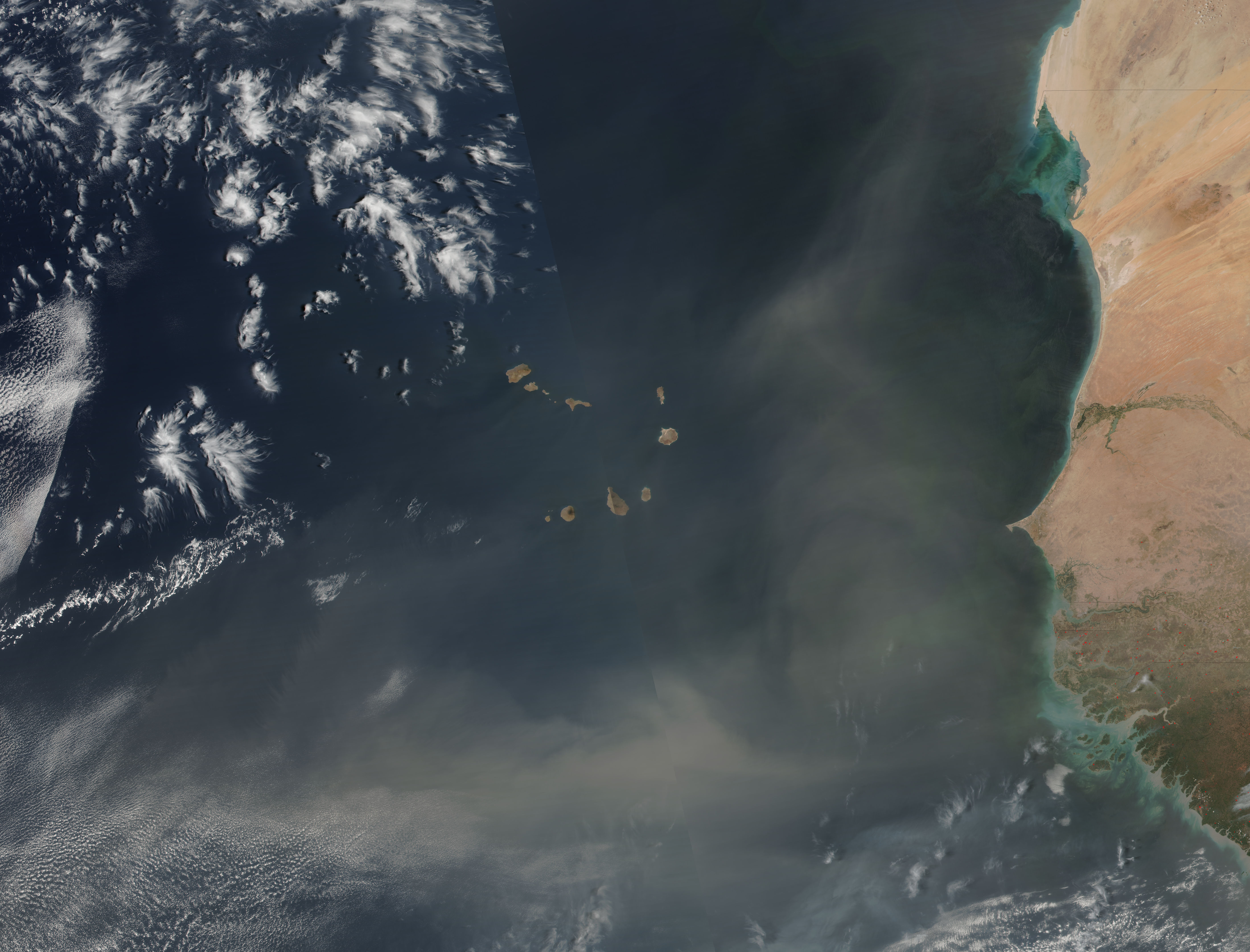 Dust storm off West Africa - related image preview