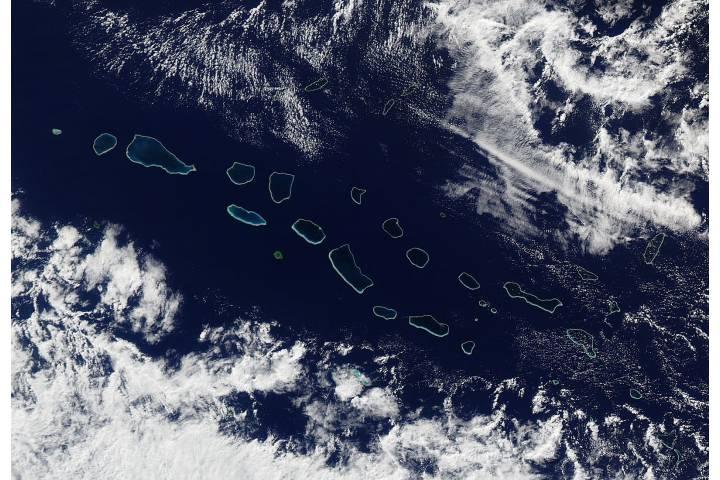 Western Tuamotu Archipelago, eastern Pacific Ocean - selected image