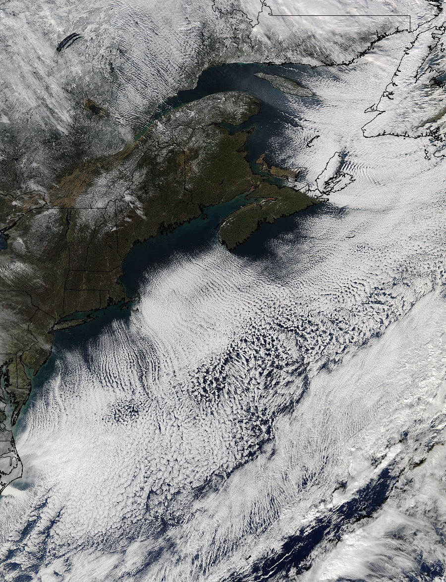 Cloud streets off northeast United States - related image preview