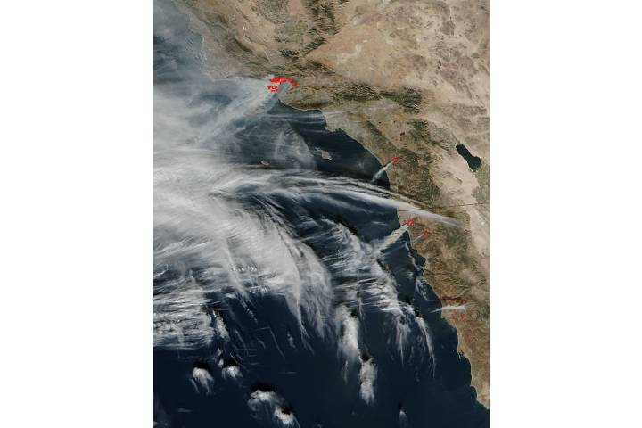 Fires in southern California (SNPP overpass) - selected image