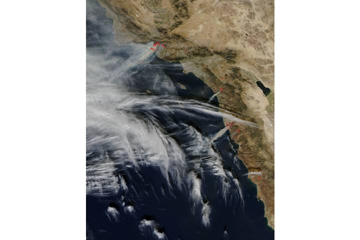 Fires in southern California (afternoon overpass) - selected image