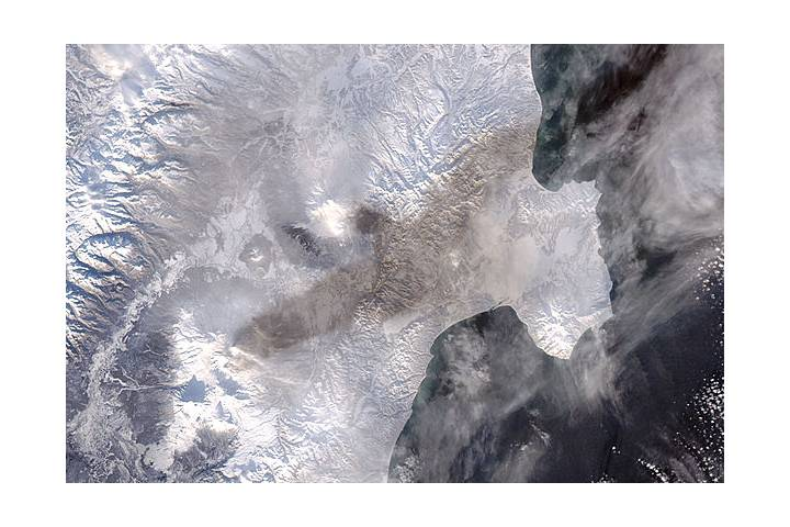 Ash on snow from eruption of Bezymianny - selected image