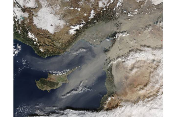 Dust storm over the eastern Mediterranean - selected image