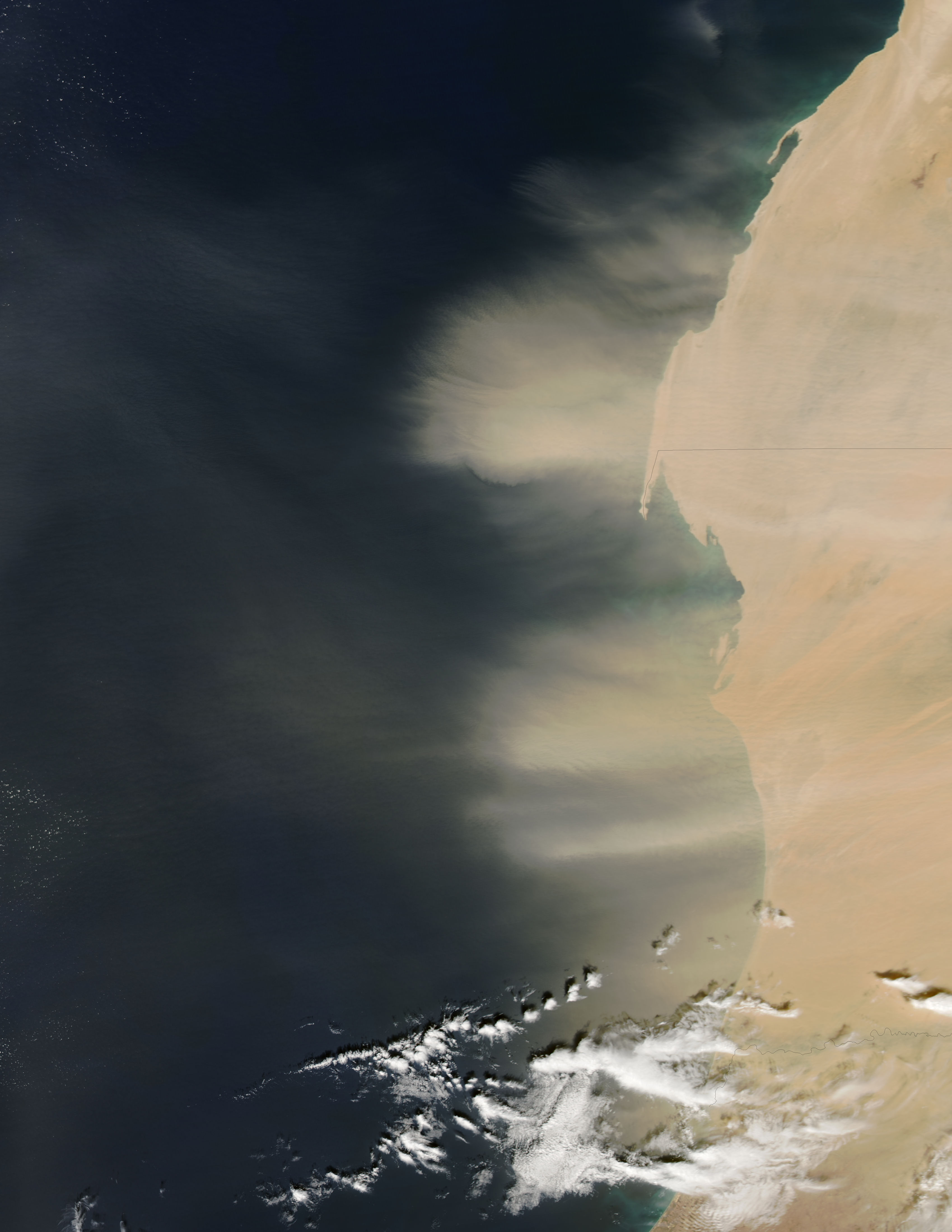 Dust storm off West Africa (afternoon overpass) - related image preview