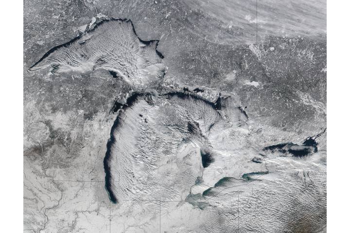 Cloud streets over the Great Lakes - selected image