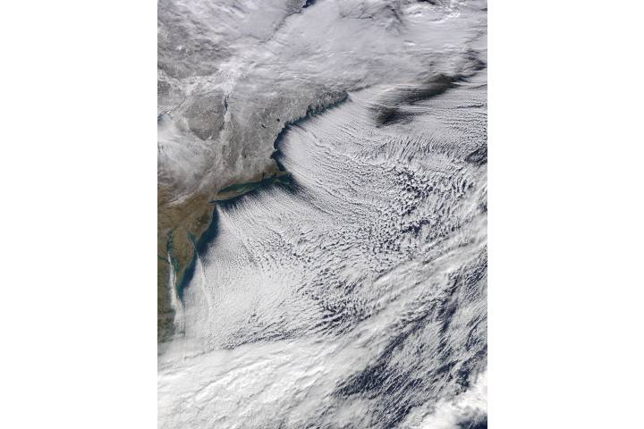 Cloud streets off the northeastern United States - selected image