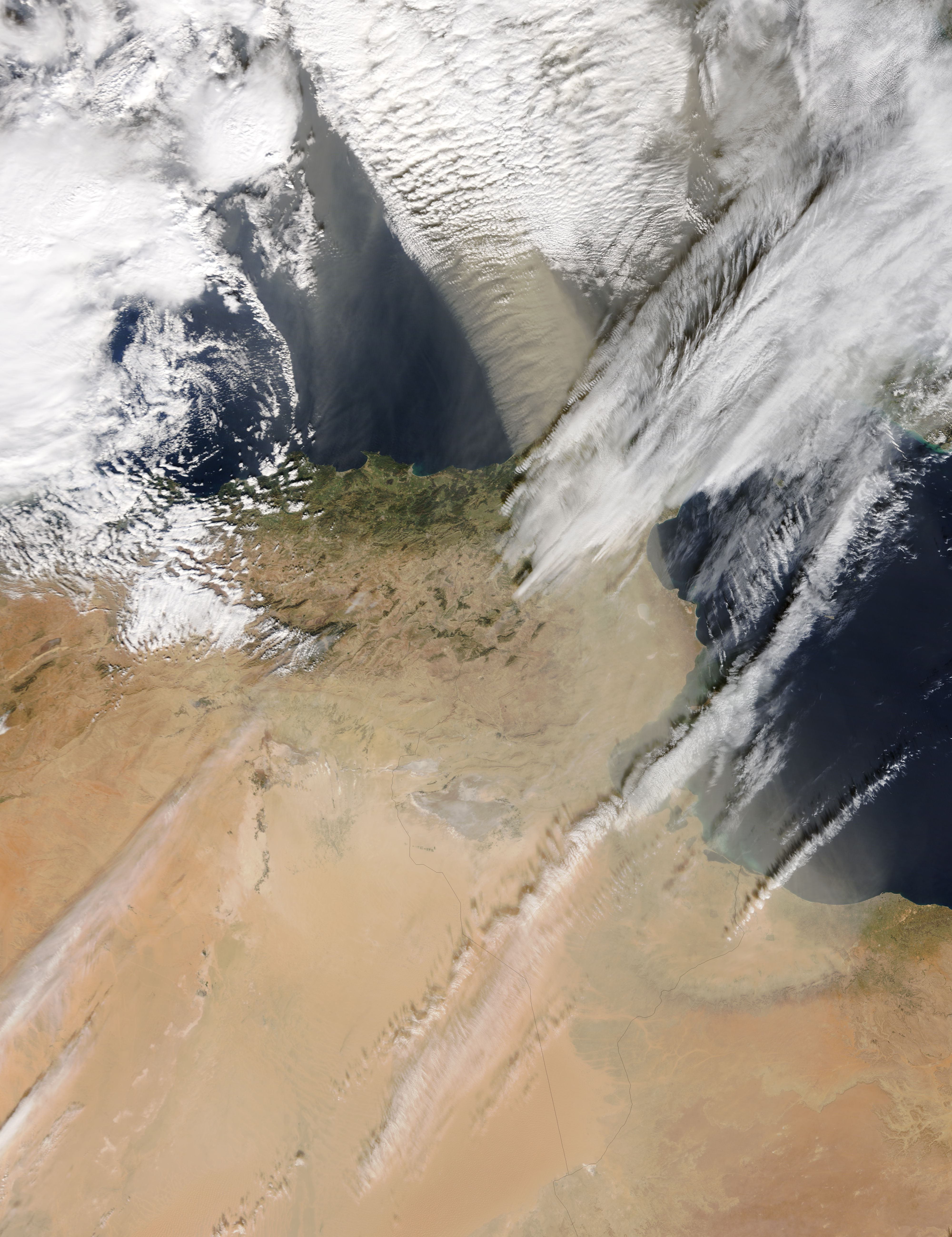 Dust storm over the western Mediterranean - related image preview
