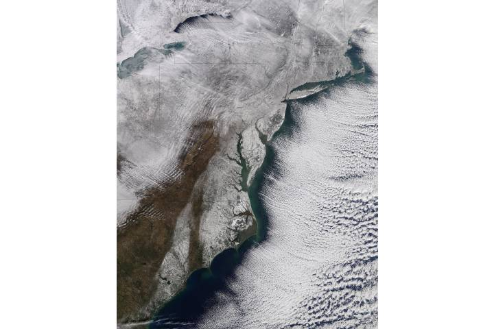 Snow along the eastern seaboard - selected image