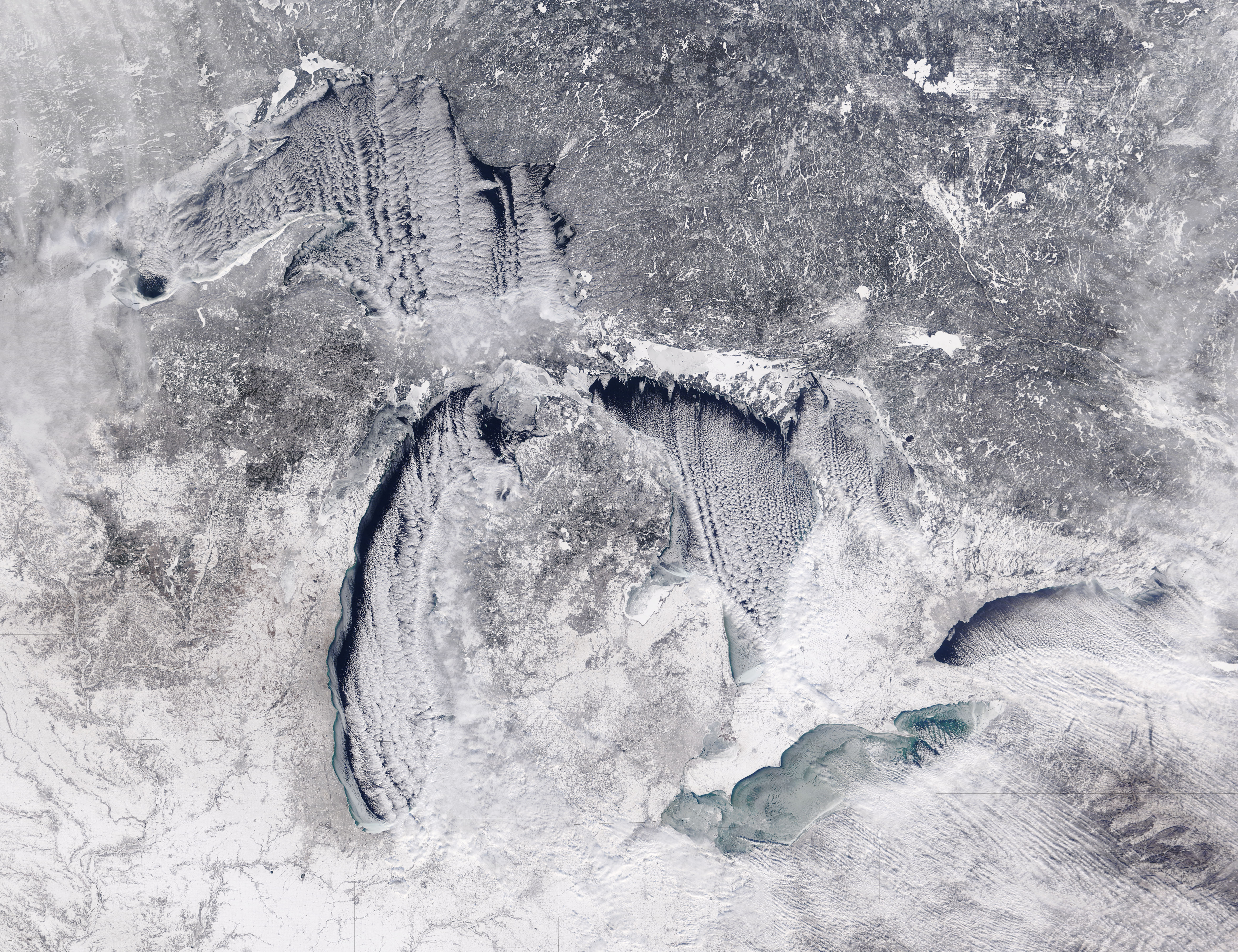 Cloud streets and ice on the Great Lakes (true color) - related image preview