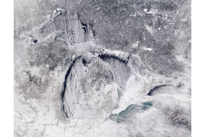 Cloud streets and ice on the Great Lakes (true color) - selected image