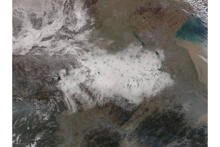 Snow in eastern China - selected image