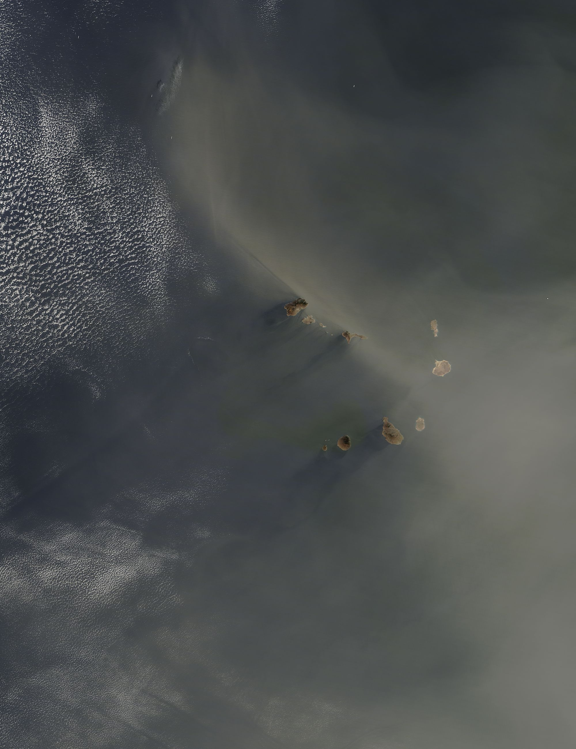 Dust over the Cape Verde Islands - related image preview