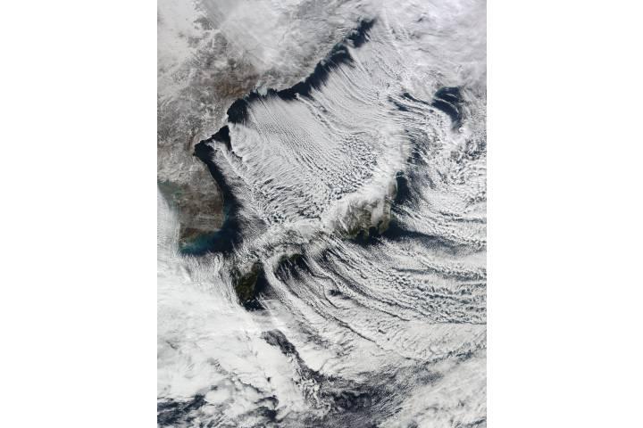 Cloud streets surrounding Japan - selected image