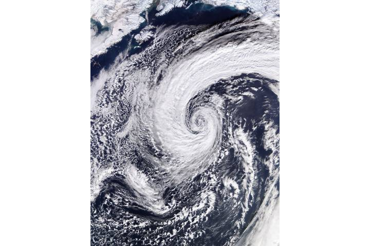Low pressure system in the North Pacific Ocean - selected image