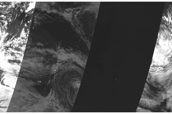 Lunar eclipse over Australia and New Zealand (Day/Night Band) - selected image