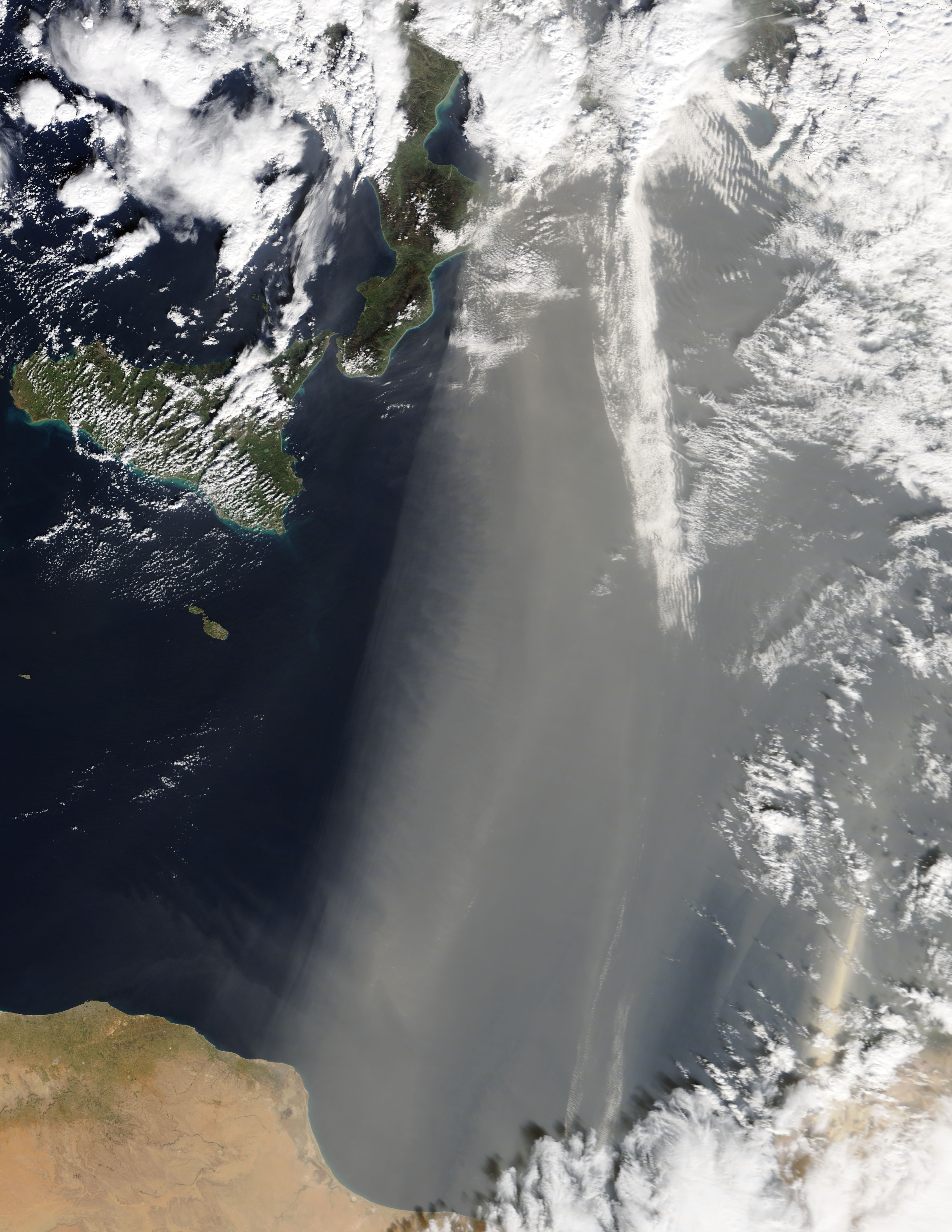 Dust storm over the eastern Mediterranean Sea - related image preview