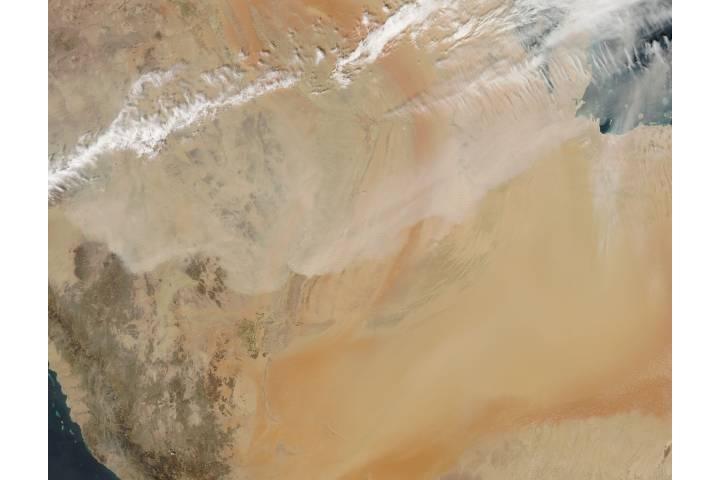 Dust storm in Saudi Arabia - selected image