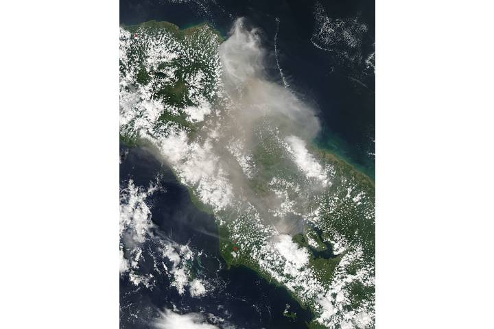 Plume from Sinabung, Sumatra, Indonesia (afternoon overpass) - selected image