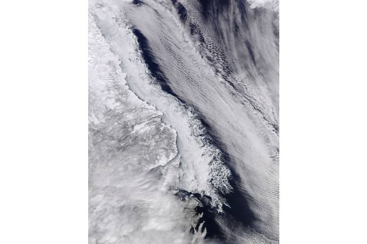 Sea ice along the coast of Labrador - selected image