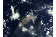 Plume from Aoba volcano, Vanuatu (afternoon overpass)