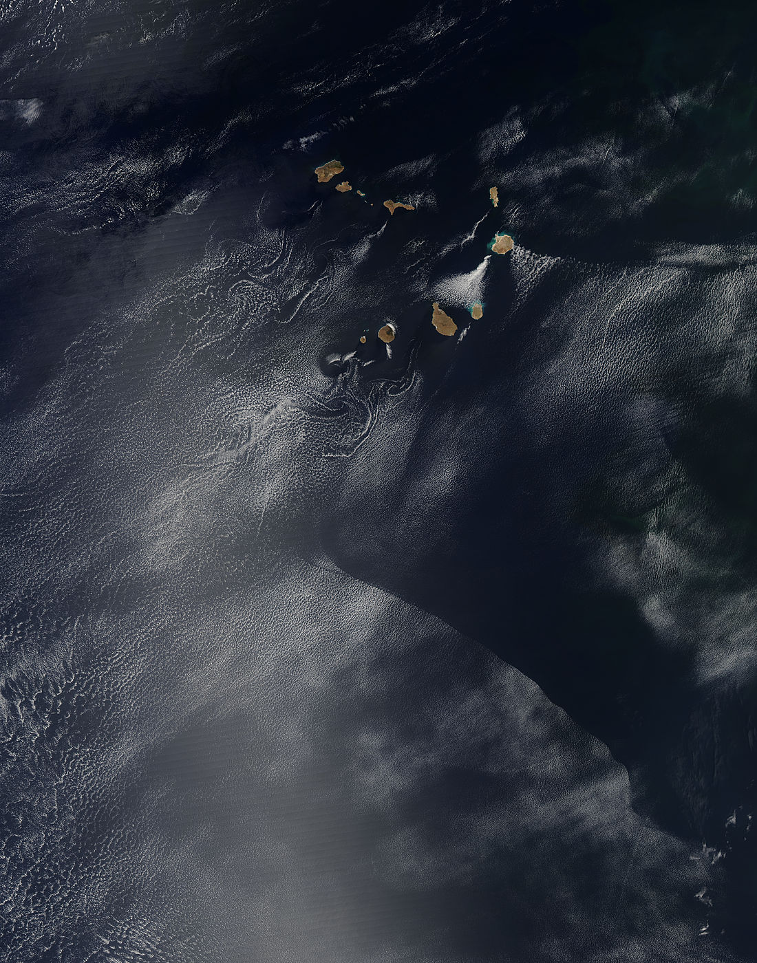 Interesting cloud patterns near the Cape Verde Islands - related image preview