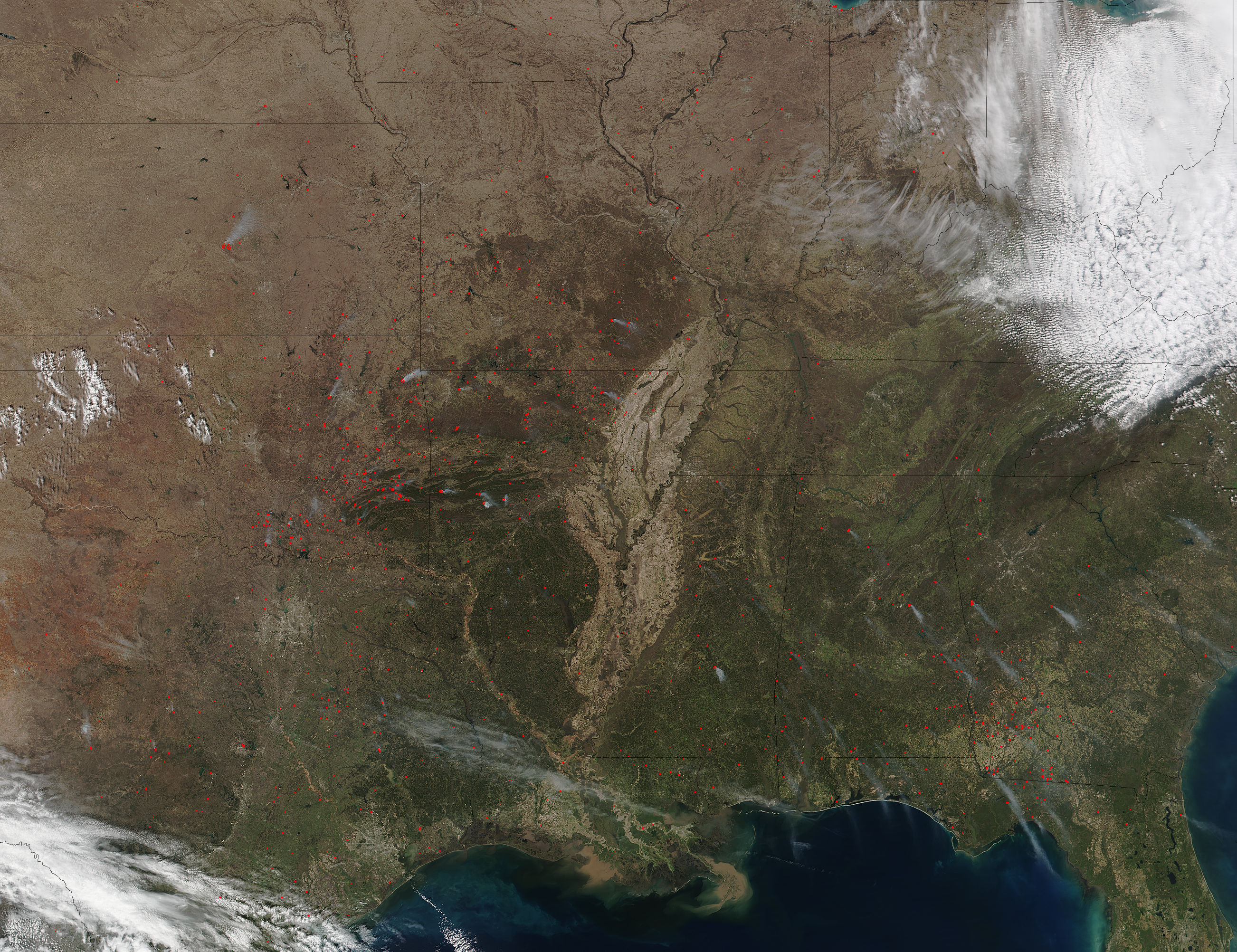 Fires in southeastern and central United States - related image preview