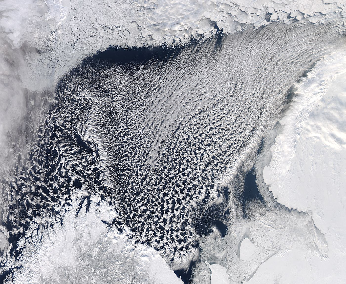 Cloud streets in the Barents Sea - related image preview