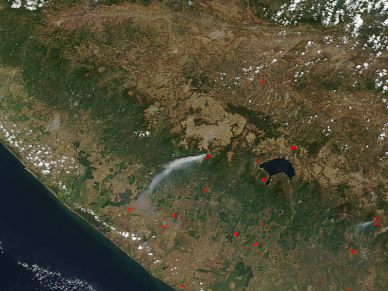 Plume from Santa Maria, Guatemala - related image preview