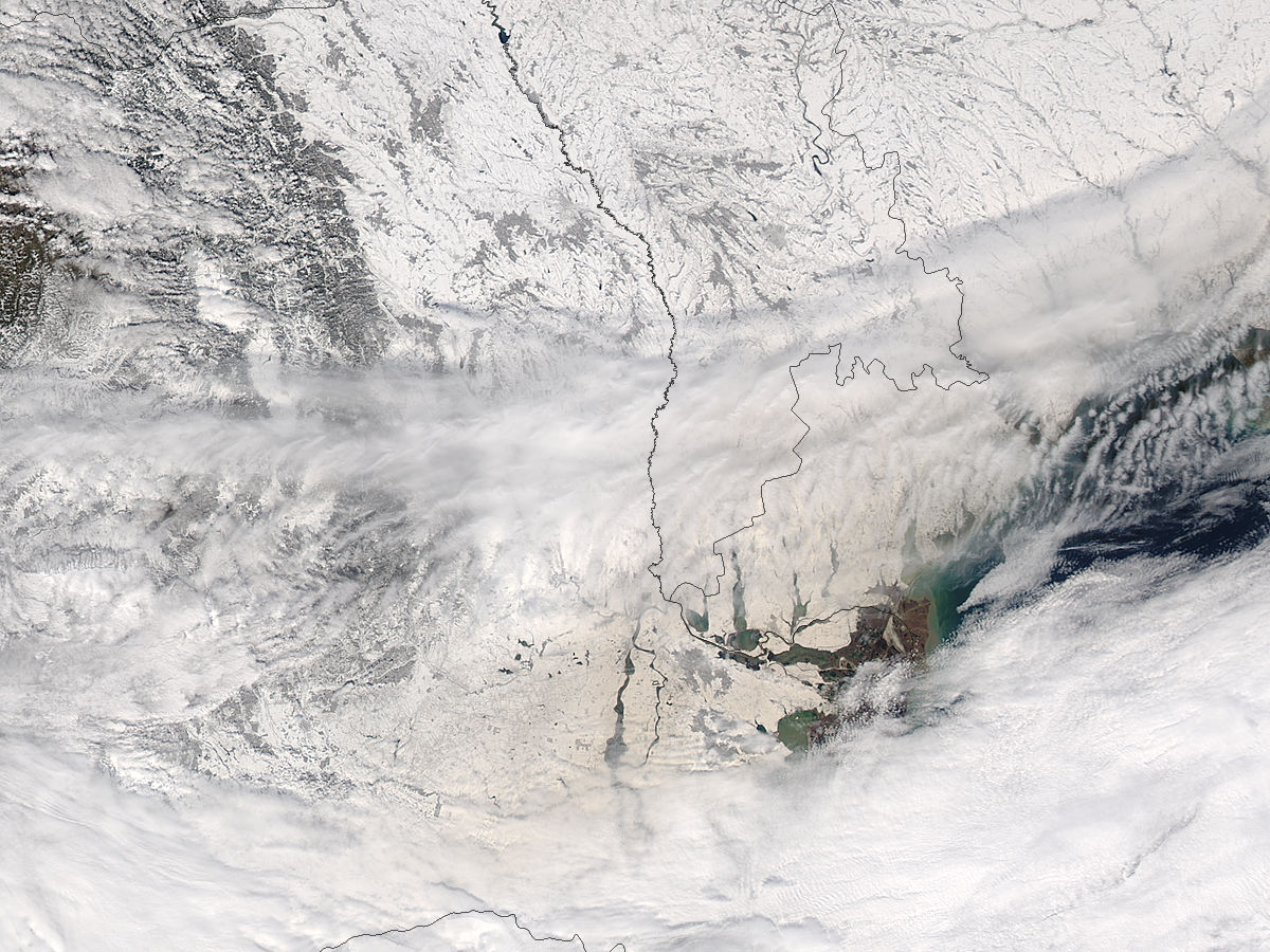 Dust on snow in Romania and Ukraine - related image preview