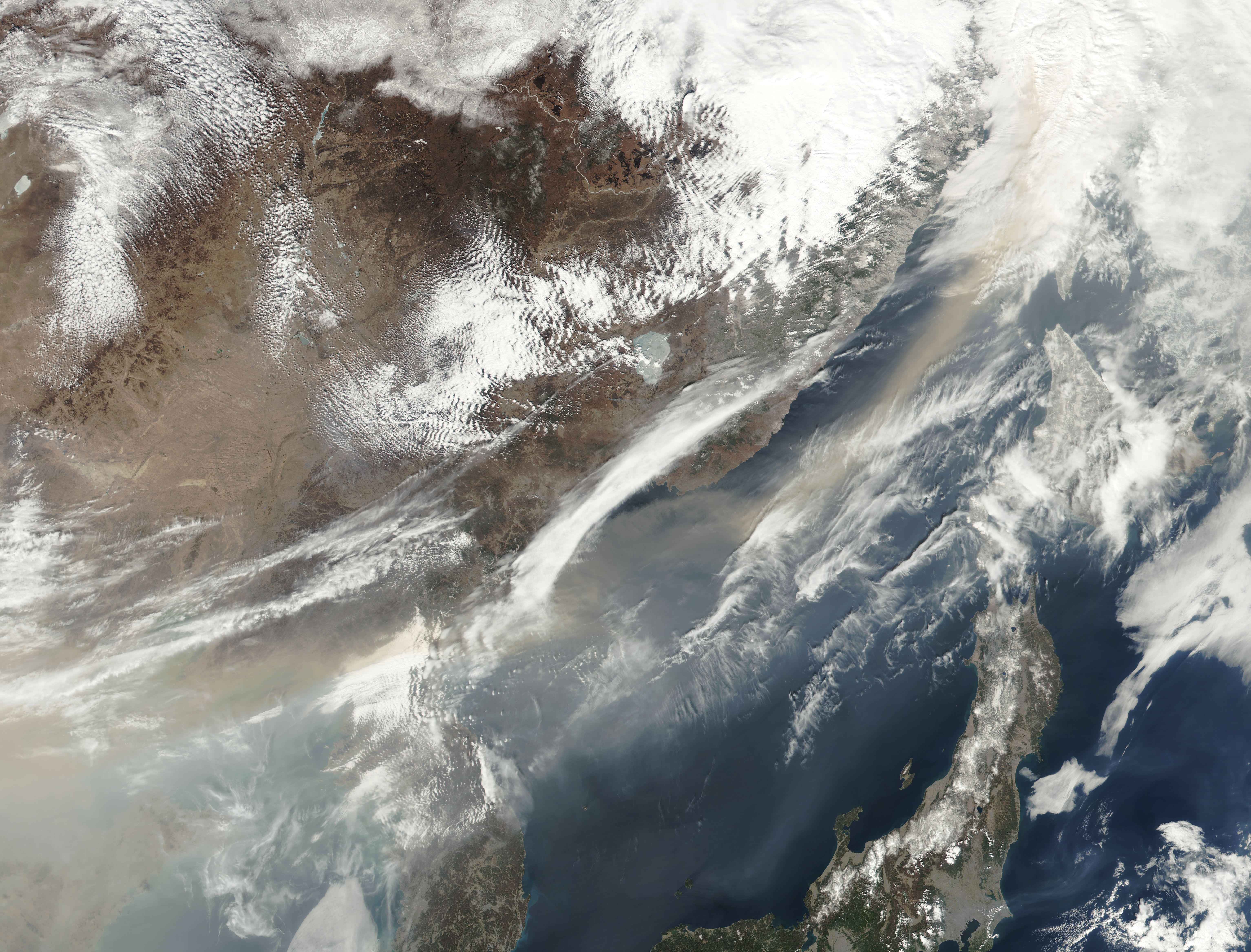 Dust storm over eastern China - related image preview