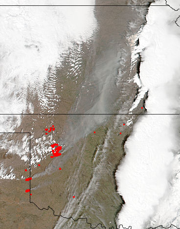 Fires and smoke in the central United States - related image preview