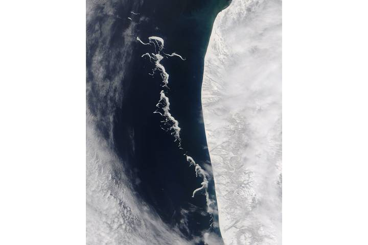 Sea ice detached from the Kamchatka Peninsula - selected image