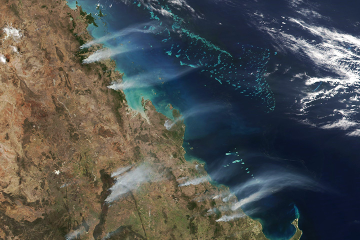 Unusual Heat Fuels Fires in Queensland