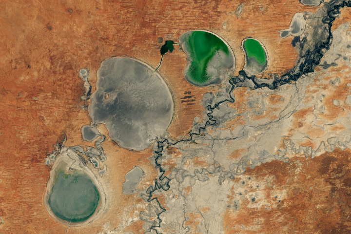 Australia's Disappearing Lakes Disappear Even More