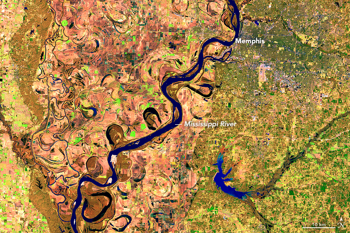 Early Flooding Along the Mississippi - related image preview