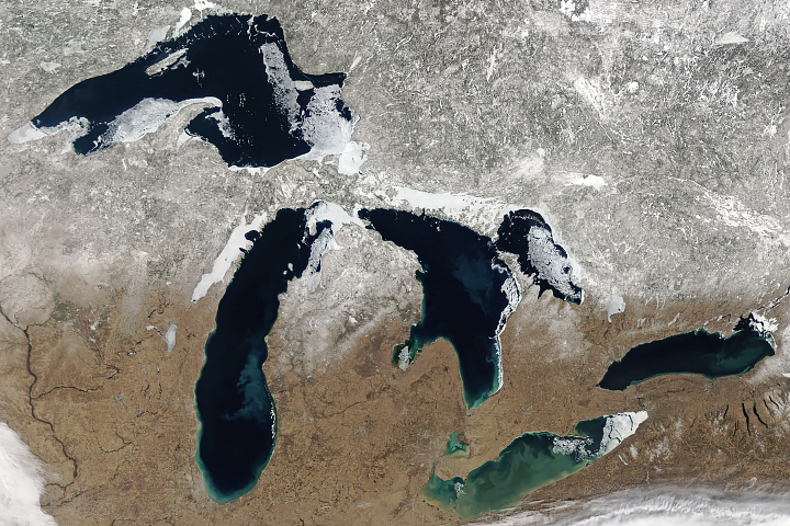 A Clear Spring View of the Great Lakes