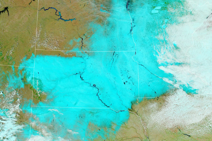 Another Blizzard Wallops the Upper Midwest