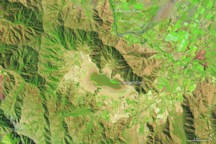 Lake Aculeo Dries Up - related image preview