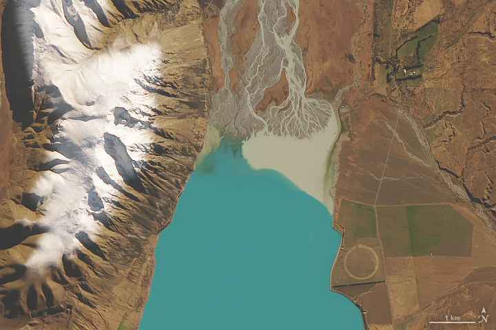 How Glaciers Turn Lakes Turquoise
