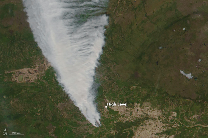 Wildfires Threaten Northern Alberta